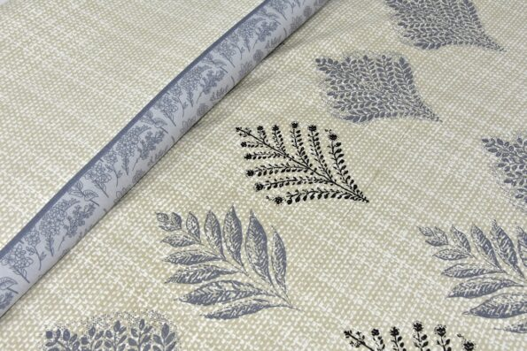 Alexa Leaf Pattern Double Bedsheet Close up