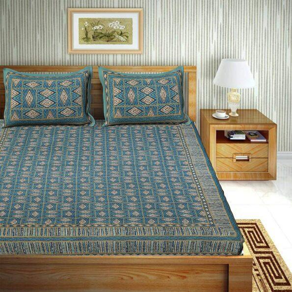 Geometric Green color Cotton Double Bedsheet