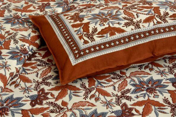 Beautifual Floral Print Ethnic Design Cotton Bedsheet Pillow