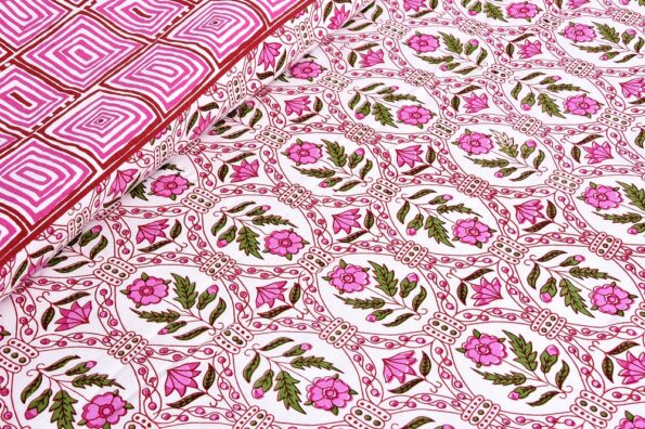Stylish Pink Square Waves Floral Print Double Bedsheet