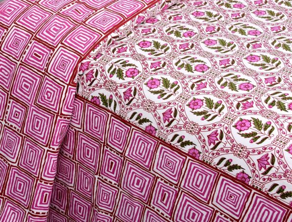 Stylish Pink Square Waves Floral Print Double Bedsheets side pose