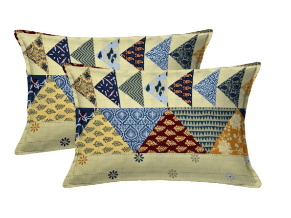 Barmeri Print Triangle Shape King Size Bedsheet Pillow Covers