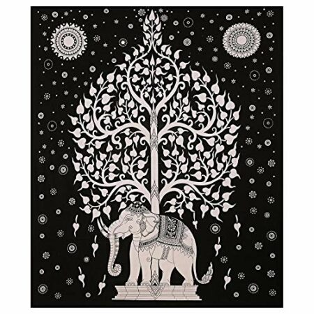 Double Bedsheet With Big Elephant And Tree Pattern Closeview
