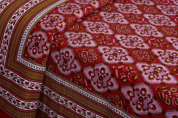 Kalamkari Red Color Double Bedsheet with Two Pillow Covers Sideview