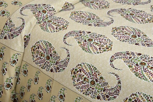 Beautiful Brown Base Seashell Print King Size Double Bedsheet Sideview