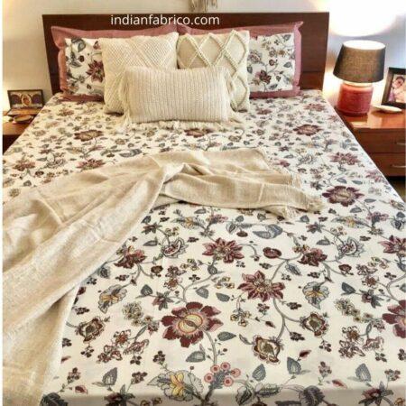 Reddish Floral Pattern King Size Bedsheet