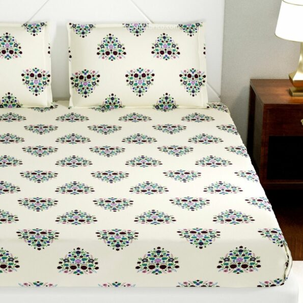 Beautiful Bouquet King Size Bedsheet with Two Pillow Covers (2)