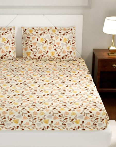 Lata Climber Cream Floral King Size Bedsheet with Two Pillow Covers