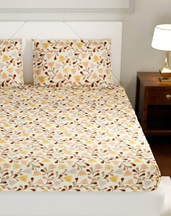 Lata Climber Cream Floral King Size Bedsheets with Two Pillow Covers