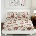 Pink Daffodil King Size Bedsheet with Two Pillow Covers