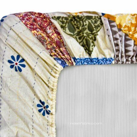 Barmeri Print Triangle Shape King Size Fitted Bedsheet Back